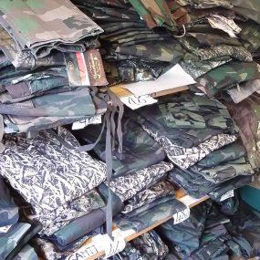 Abbigliamento mimetico, caccai e sport